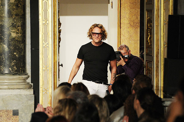 Питер Дундас уходит из Roberto Cavalli