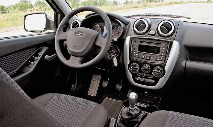 lada-granta-sedan-panel-priborov