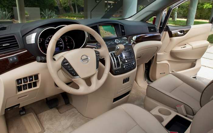 2011-nissan-quest-interior