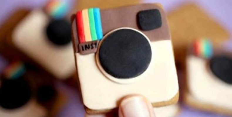 Среди подростков Instagram стал популярнее других социальных сетей