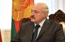 «Даже мертвым не отдам страну»: Лукашенко не стал становиться на колени перед народом