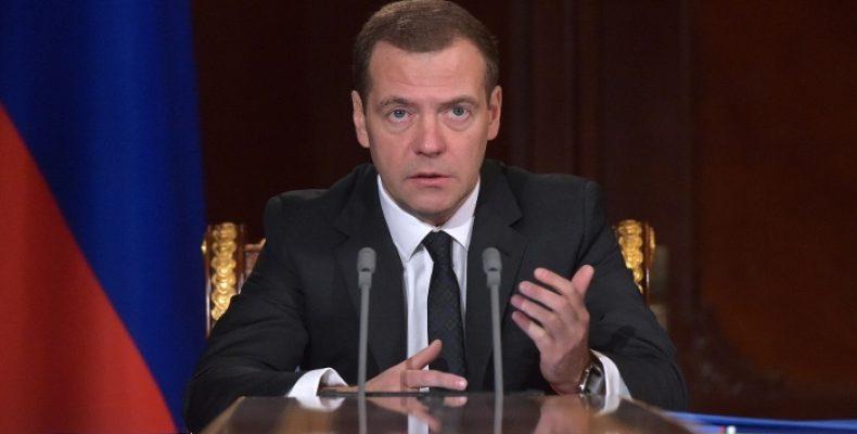 Медведев встретится с турецким коллегой