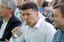 Медведчук обвинил Зеленского в слабости перед националистами