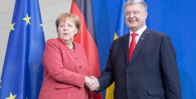 Порошенко рассказал Меркель о планах относительно «Северного потока – 2»