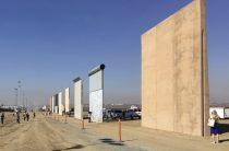 Стена Трампа: США представили макеты заграждений для американо-мексиканской границы