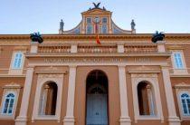«Деньги не пахнут»: Украина возмущена решением Черногории по поводу россиян