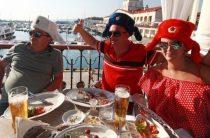 Русскую водку назвали ценным туристическим продуктом