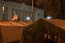«Главное достижение Майдана»: сносить палатки у Верховной рады не будут