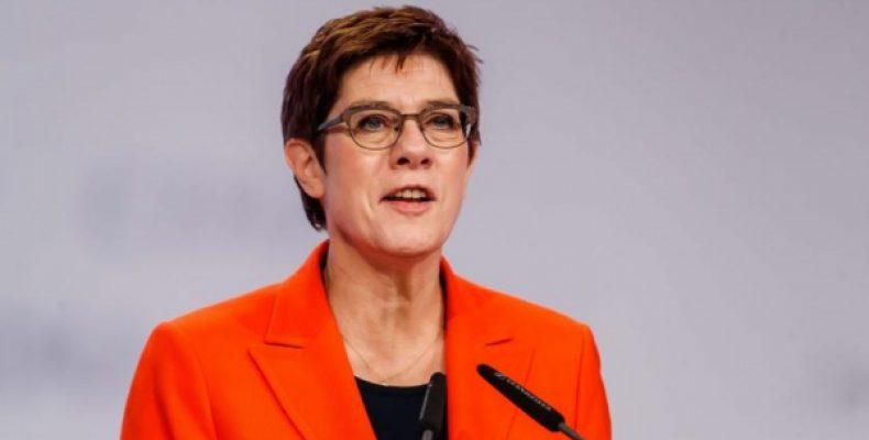 Дипломатов мало: преемница Меркель жаждет расправы над Россией