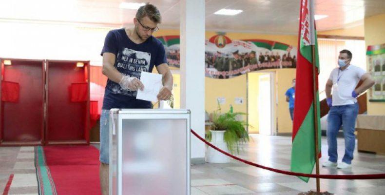 Выборы в Белоруссии могут отменить: кандидат в президенты сделал признание