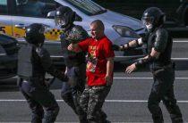 Провокаторы свозят в Белоруссию уголовников с Украины — политолог