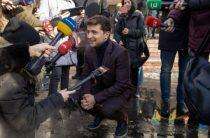 В украинском эфире прервали речь Зеленского
