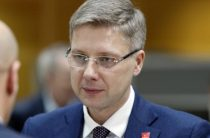 Отставка Ушакова унизила Латвию