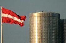 Латвия запретила использовать советские символы