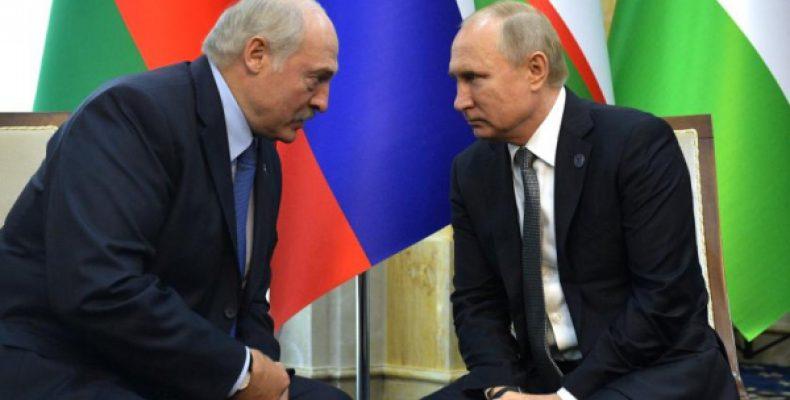 Шантаж России пошатнет президентское кресло Лукашенко