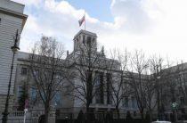 Лондон отказывается от российских дипломатов