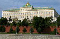 Кремль прокомментировал возможность отставки Мединского