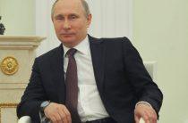 «Говорим «Путин» — подразумеваем благодать»: холдинг записал президентскую кампанию в свои активы