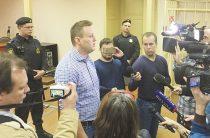 Навальный сделал харакири, написав про «омерзительного холуя»