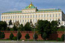 Кремль витиевато ответил на вопрос о выдвижении Медведева в президенты