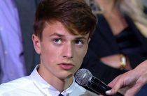 Прямая линия Путина не помогла школьнику получить квартиру и победить коррупцию