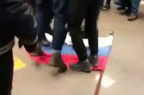 Радикалов отправили «бить москалей» в Россотрудничество, чтобы они не свергли Порошенко