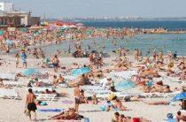 Укранцам показали места отдыха в Незалежной вместо Крыма