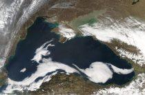 Пентагон: американские военные самолеты не прекратят полеты над Черным морем
