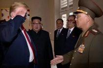В Вашингтоне прокомментировали воинское приветствие Трампа генералу КНДР