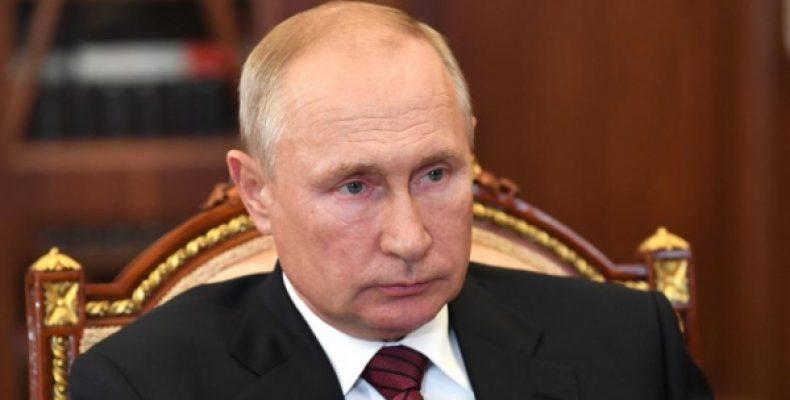 Стали известны сроки появления преемника Путина