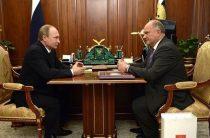 Путина окружили преемники: два коммуниста и ни одного Зюганова