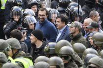 Саакашвили внес раздор в киевскую власть