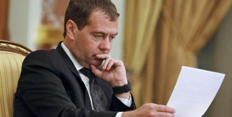 Медведев вернул турецкую жвачку