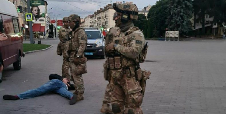 Украине предрекли массовые беспорядки уже осенью