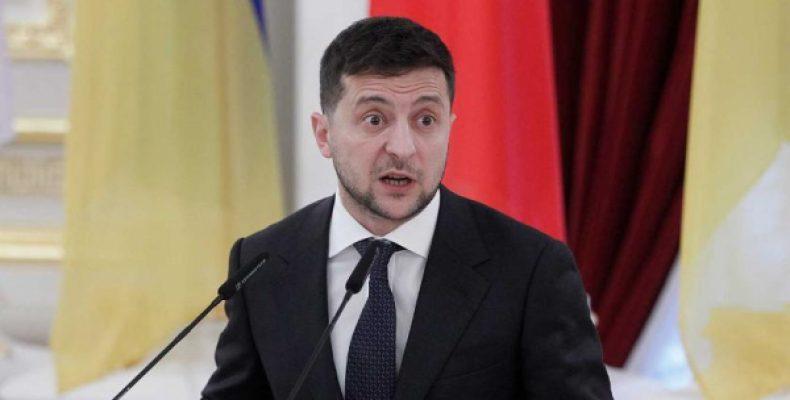 Сторонники Порошенко призвали Зеленского захватить Крым