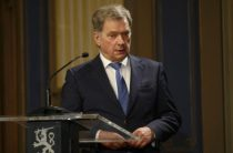 Финны оставили президентом противника НАТО
