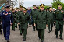 Замминистра обороны РФ проконтролировал строительство объектов на Курилах