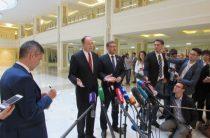 Российские и американские сенаторы встретились в «тайной комнате»