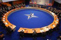 «Отгородиться от мира»: почему приостановлено военное сотрудничество Россия — НАТО