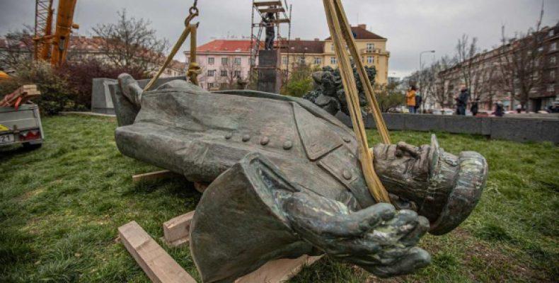 В Чехии возмутились заведенным уголовным делом из-за памятника Коневу