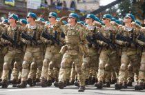 Непобедимые: Киев грозит Москве мифическими полками