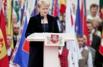 Президент Литвы: Россия на учениях «Запад-2017» моделирует конфликт с НАТО