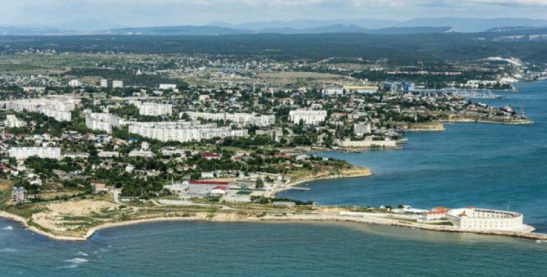 Украина добровольно отказалась от Крыма