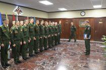 Череповецкое военное училище, где готовят военных инженеров радиоэлектроники, награждено орденом Жукова