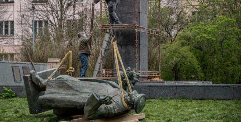 Минобороны Чехии отказалось отдать России памятник Коневу
