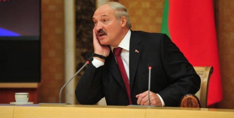 Лукашенко отказал в полном доверии к России