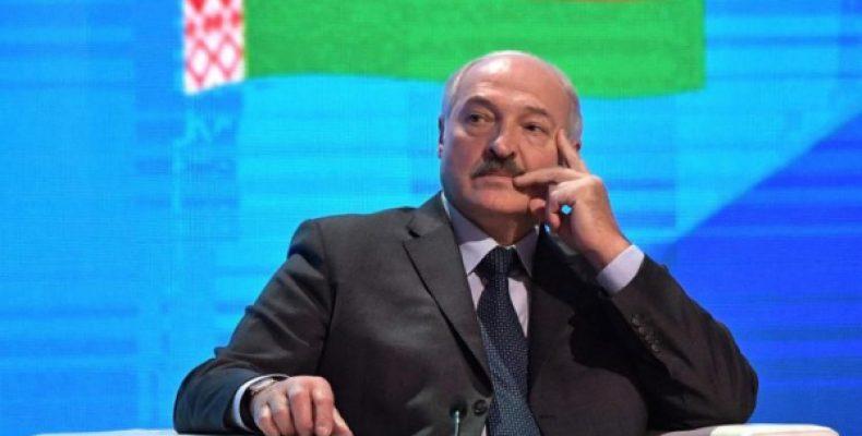 Мотивацию Лукашенко провести Парад Победы в Белоруссии объяснили