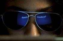 Социальная сеть Facebook планирует информировать юзеров о слежке