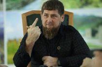 Кадыров в прямом эфире показал встречу с объявленным в розыск бандитом