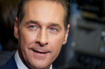 Вице-канцлер Австрии призвал отменить антироссийские санкции из-за пошлин США